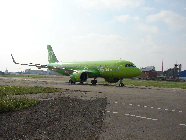 A320neo авиакомпании S7 в Иркутске (9.08.2017)
