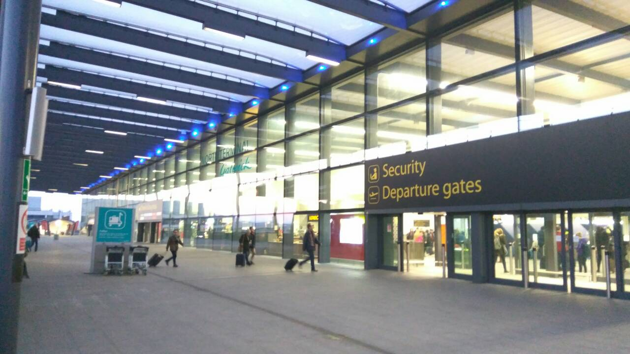 The entrance to the London Gatwick airport in the morning