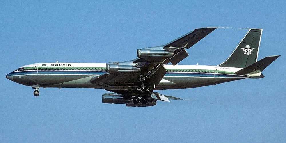 Boeing 707- пассажирский самолет. Фото, характеристики, отзывы.