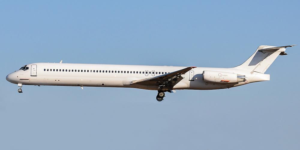Самолет MD-80 авиакомпании IMD Airways
