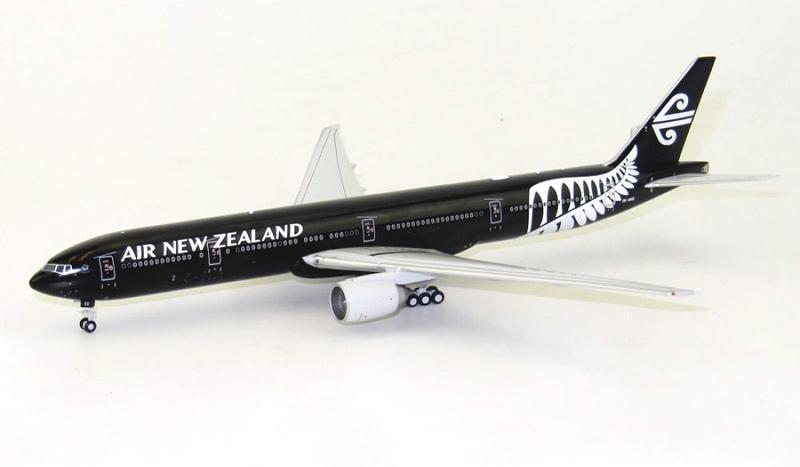"""Boeing 777-300ER """"All Blacks"""""""