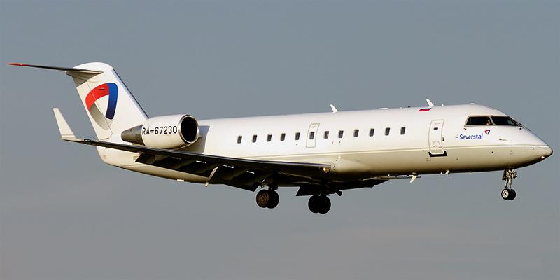 Самолет Bombardier CRJ200 авиакомпании Северсталь