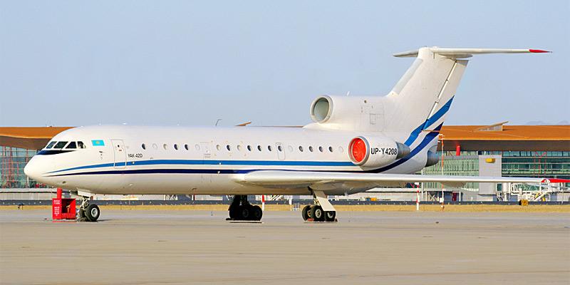 Самолет Як-42 авиакомпании Excellent Glide