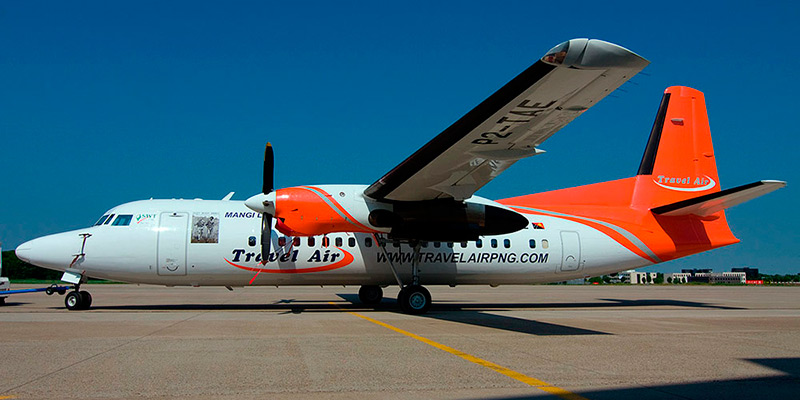 Самолет Fokker 50 авиакомпании Travel Air