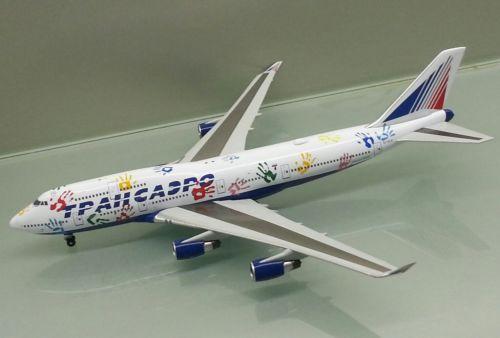 """Boeing 747-400 """"Рейс надежды"""""""