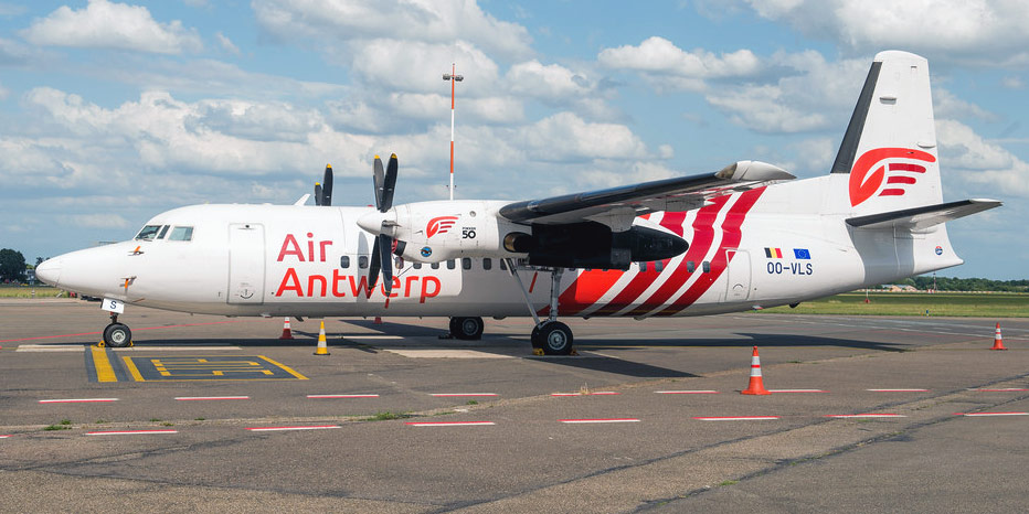 Самолет Fokker 50 авиакомпании Air Antwerp
