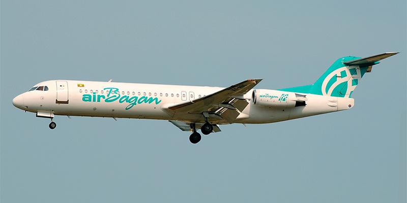 Самолет Fokker 100 авиакомпании Air Bagan