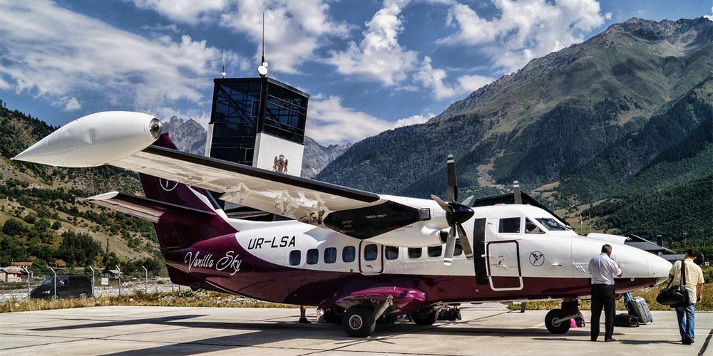 Самолет L-410 авиакомпании Service Air туроператора Vanilla Sky