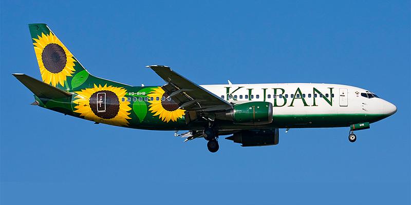 Самолет Боинг-737-300 авиакомпании Кубань