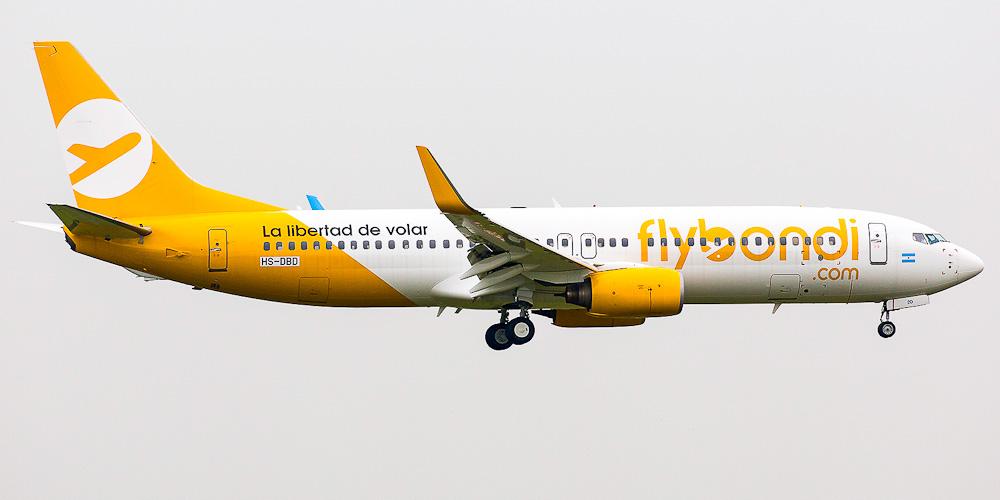 Flybondi airline
