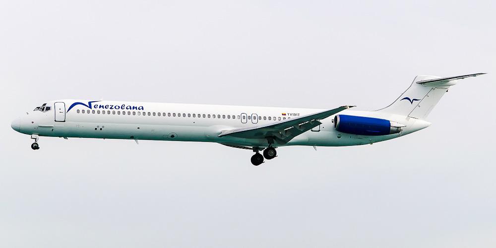 Самолет MD-80 авиакомпании Venezolana