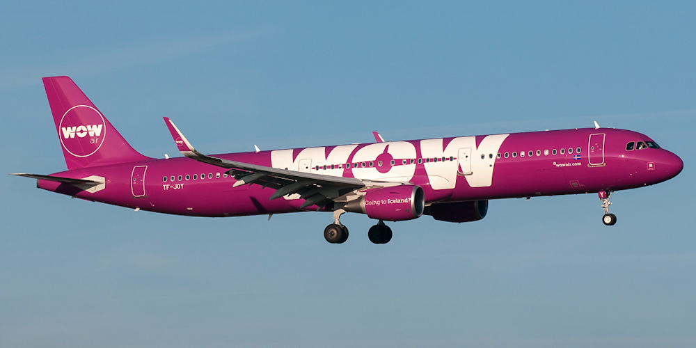 WOW air airline