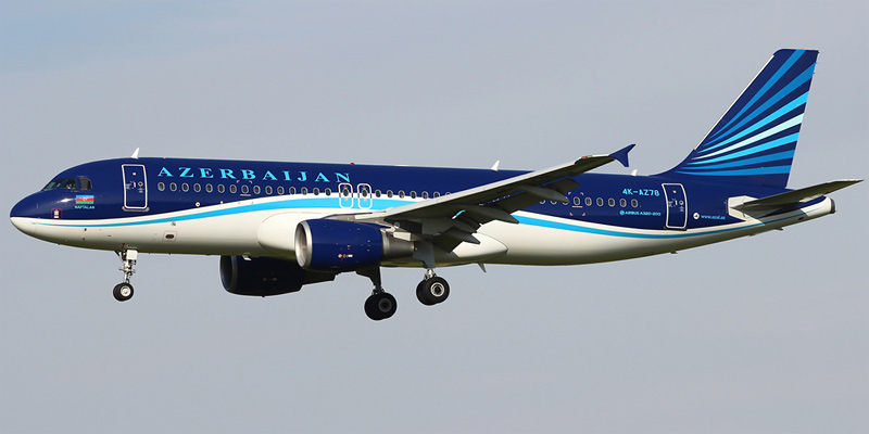 Самолет Airbus A320 авиакомпании AZAL - Азербайджанские авиалинии