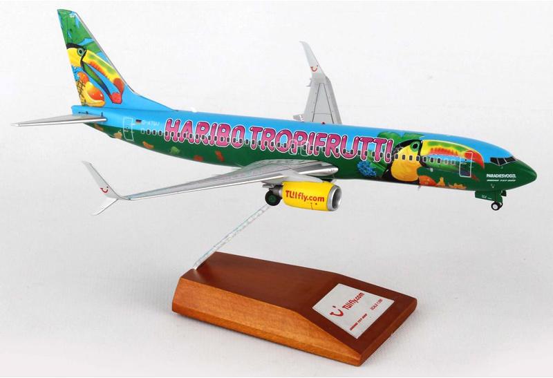 "Boeing 737-800 ""Tropifrutti"""
