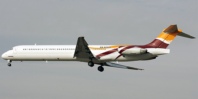 Самолет MD-80 авиакомпании Ararat International Airline