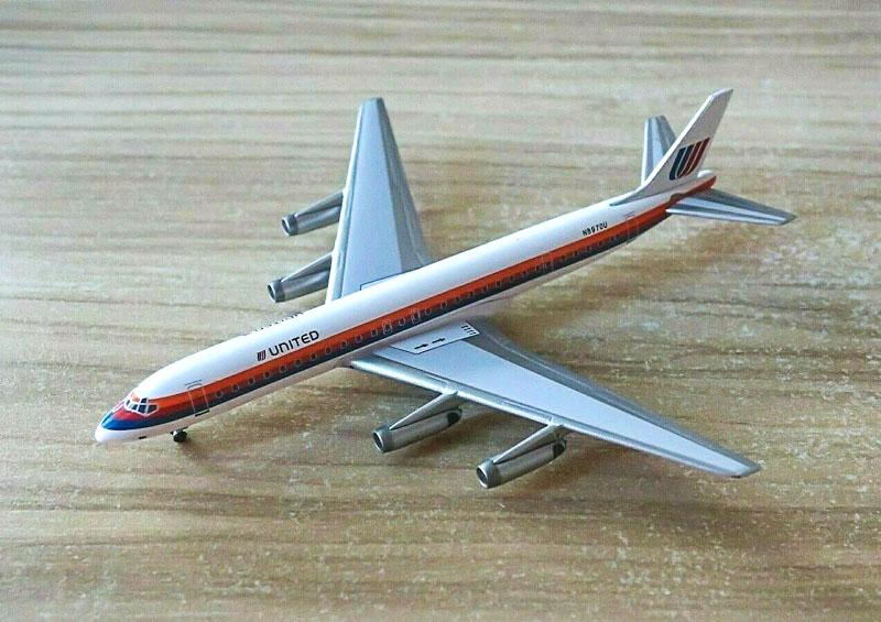 Douglas DC-8-62